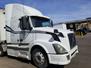 Volvo D12 2005 465 hp 13 speed good condition for sale