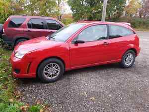 2OO7 Ford Focus    PRICE  DROP