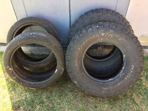 PAIR OF 265 75R16 BF GOODRICH T/A TIRES