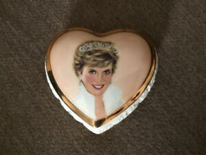 New Princess Diana, Queen of our Hearts Music Box