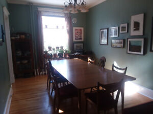 Room to rent - wonderful home, fantastic Kings/Dal location.