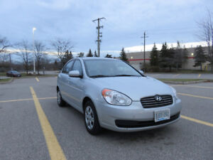 2010 Hyundai Accent Sedan Certified (Safety + E-test) Must See!