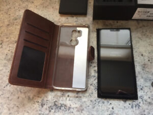 LG G7 ThinQ  Black 64G+128G micro, Almost Brand NEW, Used 1 week