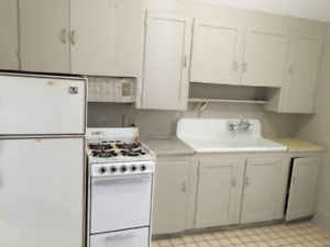 Great fully furnishing room w/all utilities/TV/Wifi. Down Town