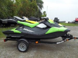 2017 Sea-Doo SPARK 3-up Rotax 900 HO ACE IBR  CONV