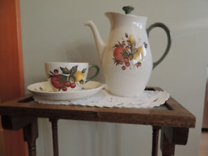 Wedgwood Coffee Pot with Four Cups and Saucers
