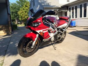 !Immaculate R6 for sale!