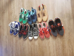 Lot de chaussures Nike Adidas convers