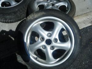 porscche  4 mags avec pneu d hiver Dunlup