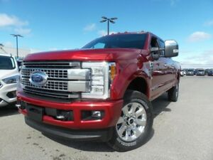 2017 Ford Super Duty F-350 SRW PLATINUM 6.7L V8 713A