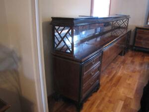 Occasion à ne pas rater / Magnifique set de chambre vintage