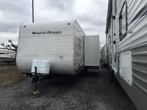 2010 R VISION 26BHS BUNKS & SLIDE OUT  CLEAN $12,000
