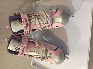 Size 2 girls skates