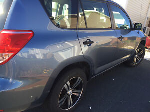 2007 Toyota RAV4 AWD in Mint Condition