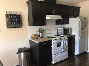 Great south central location:Nice 3BD 1.5BA 4Plx 4rent on Dec.1