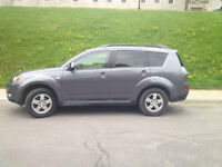 2009 Mitsubishi Outlander V6 LS **Low mileage** AWD - 4x4