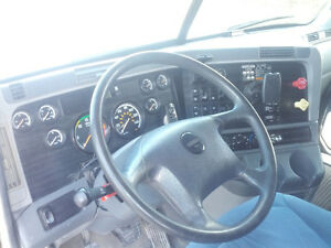 C -15 13 speed No DPF  678,274 kilometre cert / clean air Kawartha Lakes Peterborough Area image 2