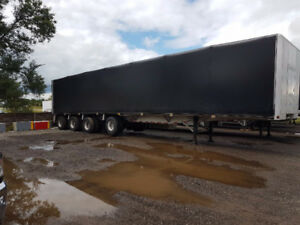 2017 Reitnouer 53 ft 4 axle trailer