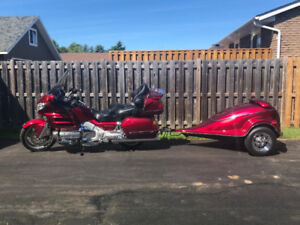 2003 6-cyl 1800 cc Honda Gold Wing with colour-matched trailer