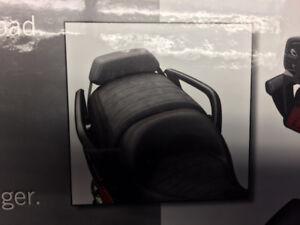 Dossier passager bas pour Canam Spyder F-3