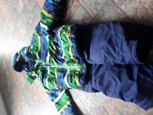 Size 5 snow suit