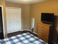 Large room for rent