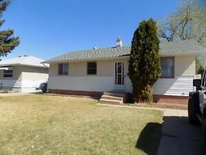 3 bdr house in Norwood area
