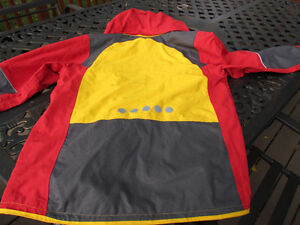 Exclusive Brand Jacket by VAUDE, size 14 unisex-like new Strathcona County Edmonton Area image 4