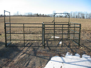 New Corral Panels and Round Pens