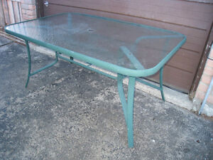 ALUMINUM(Rust resistant,never rusted)Patio Glass top Table,deliv