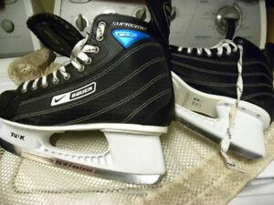 BAUER et CCM:  2 paires de patins adulte 30 $ ch. / rubr. outils