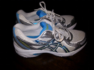 Women's Asics gel-impression 3 size 6.5