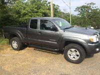 2009 Toyota Tacoma 4x4 PRICE REDUCED