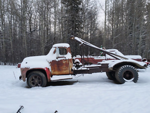 WANNA BE RATROD   1953 or 54 ford pole truck 3ton  800 OBO