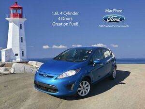 2013 Ford Fiesta SE   -  Power Windows -  Power Doors