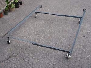 Cadre de lit / Bed frame / Base de lit