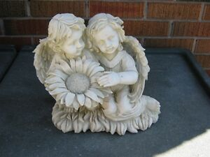 ANGELS WITH DAISY GARDEN STATUE