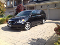 2010 Honda Odyssey EX-L - Low Mileage + Winter Tires on Rims