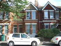 **NO ADMIN FEE** ONE ROOM NOW AVAIL IN 4 BEDROOM STUDENT HOUSE NEAR FIVEWAYS Hythe Road (Ref 102)
