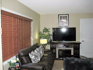 Gr8 view, location, condition, quality and price. Lot of storage Edmonton Edmonton Area image 16