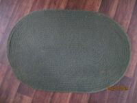 GREEN, Oval BRAIDED MAT