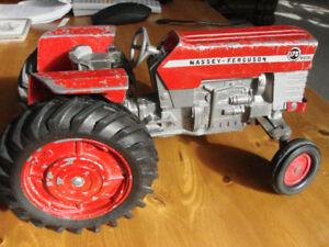 Price Drop!-massey ferguson  diesel 175 die cast tractor