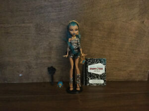Nefera de Nile monster high doll w/ purse,pet and diary