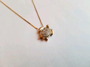 14K GOLD DIAMOND TURTLE PENDANT NECKLACE / COLLIER TORTUE OR 14K