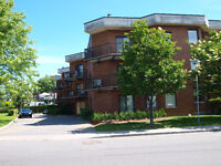 Lasalle-waterfront condo apartment-move in condition!!!