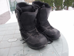 Men's 5150 FIFTY ONE FIFTY Snowboard Boots Size 8.5 VGC