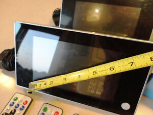 """5 Perfect working Digital Picture LCD Screens -Monitors 7 to 8"""" Kitchener / Waterloo Kitchener Area image 3"""