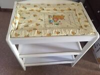 baby's changing table + mat