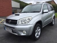 MAY 2005 TOYOTA RAV4 XT3 D4D 2.0 DIESLE SERVICE HISTORY TWO OWNERS LONG MOT