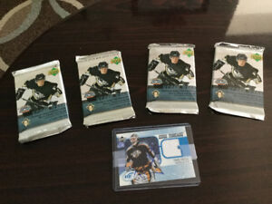05/06 Sealed UPPER DECK HOCKEY LOT with hard Autograph